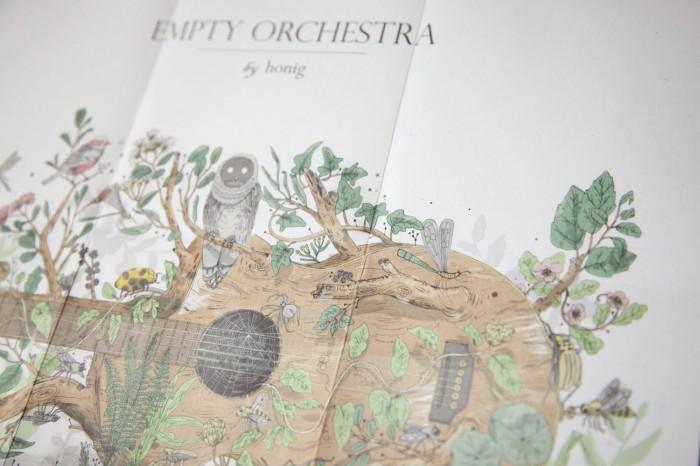 jgh_HONIG_emptyorchestra_4